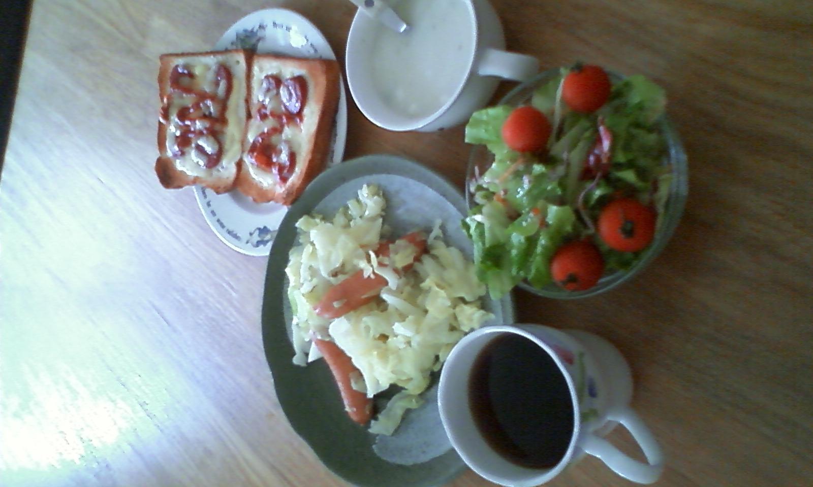 今朝の朝食